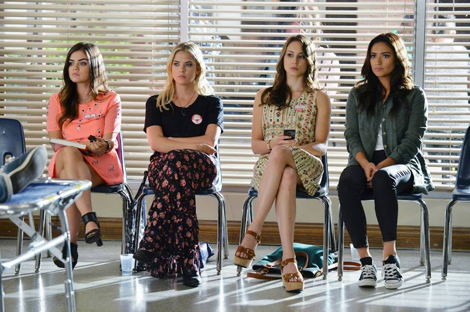 This 'PLL' sneak peek proves that the show will be even crazier after the time jump
