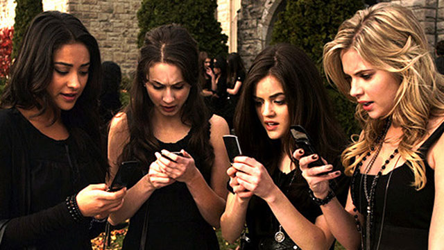 Science just told us what goes on in teens' brains when they post on social media
