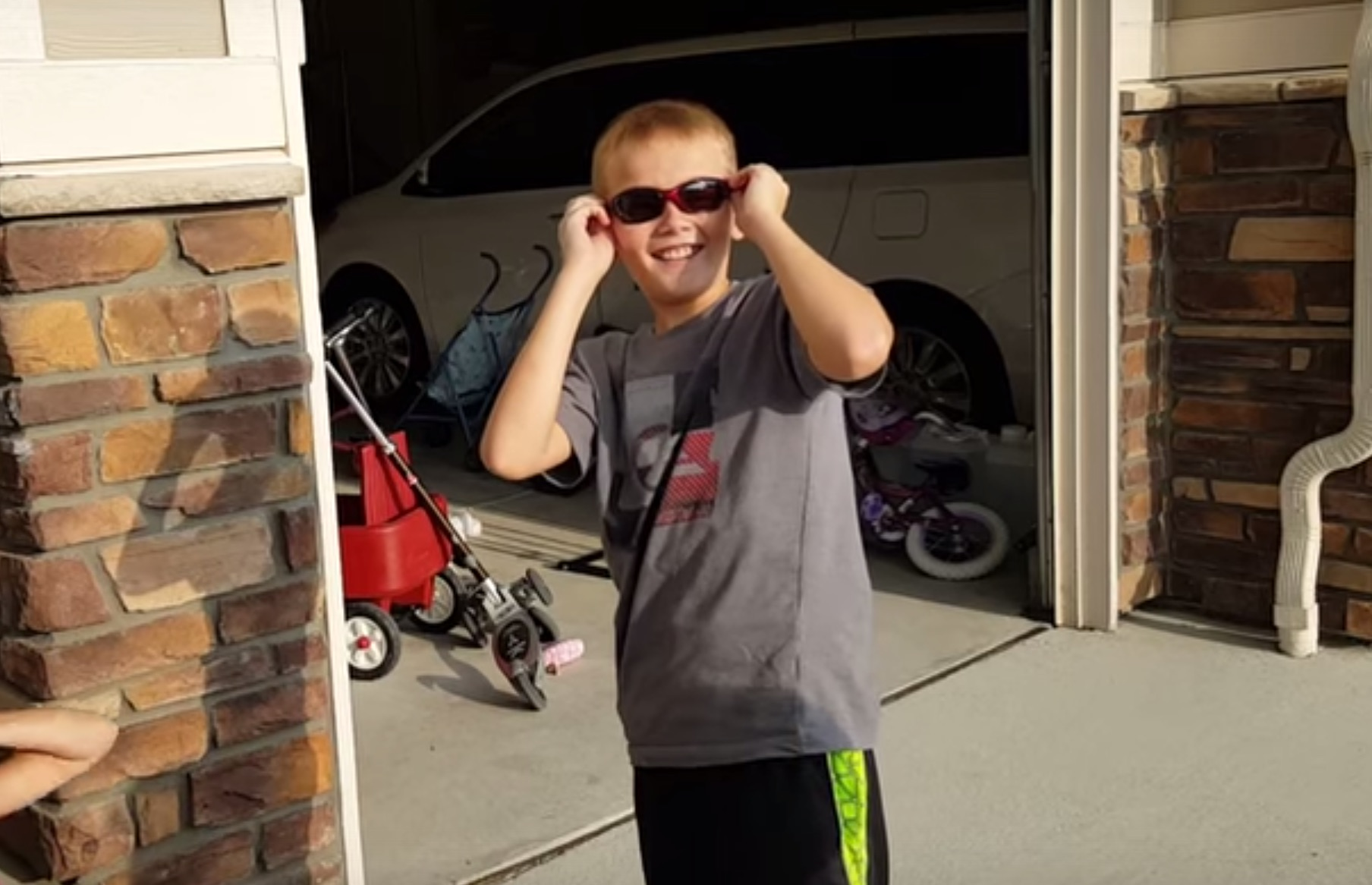 This video of a colorblind boy seeing color for the first time is beautiful