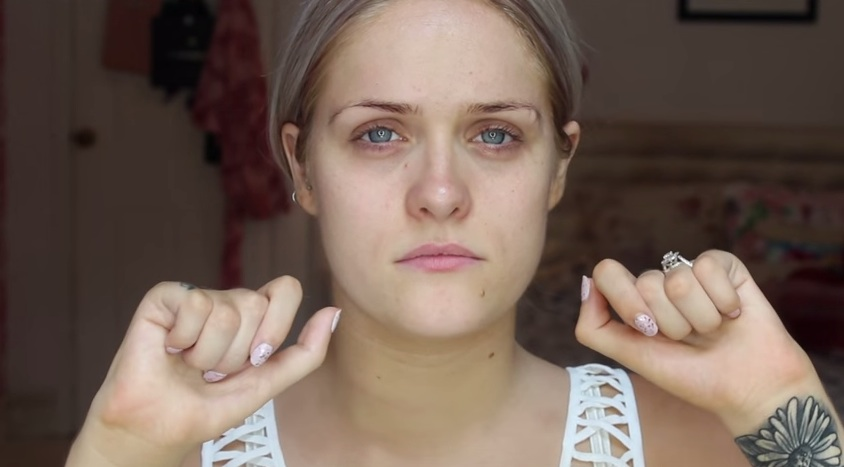 This beauty vlogger's revealing video sends a message the Internet needs to hear