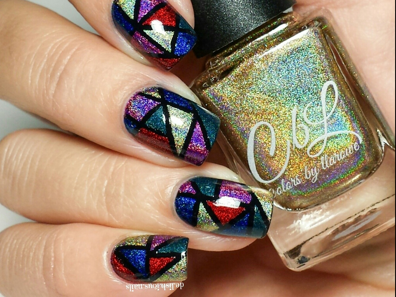 Nails of the Day: Shining stained glass