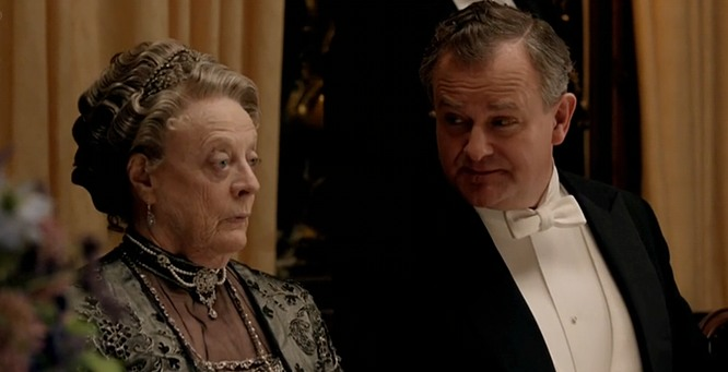The Queen of England LOVES 'Downton Abbey.' That said, she has a couple notes...