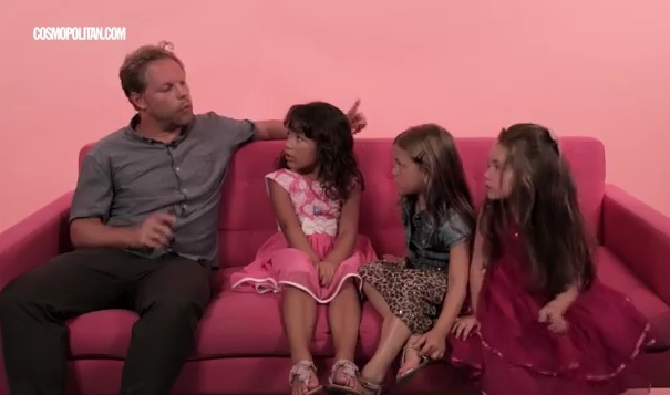 These little girls just gave grown men advice for texting women and it's hilarious