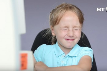 Kids have the perfect reaction to old-school dial-up Internet