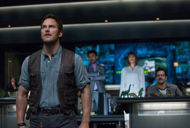 Chris Pratt's hilarious 'Jurassic World' moment earns the movie a dubious honor