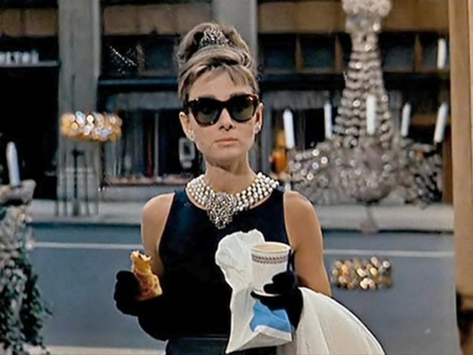 e34f02481c10 Relationship Goals I Learned From  Breakfast At Tiffany s  - HelloGiggles
