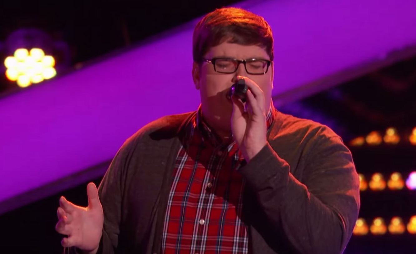 "Contestant covers Sia's ""Chandelier"" on 'The Voice,' wins our hearts forever"