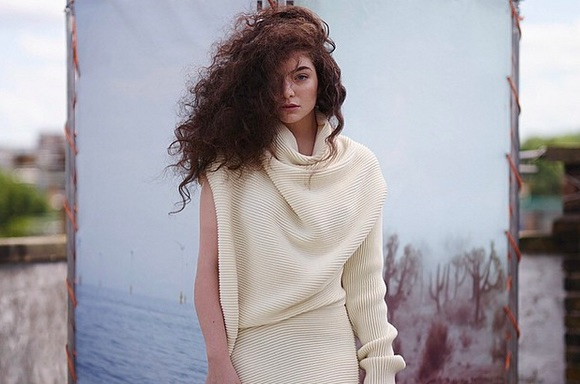 We can't stop listening to Lorde's new song