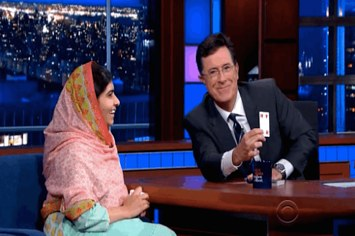 Malala and Stephen Colbert are both GREAT at card tricks. So they had a friendly competition.