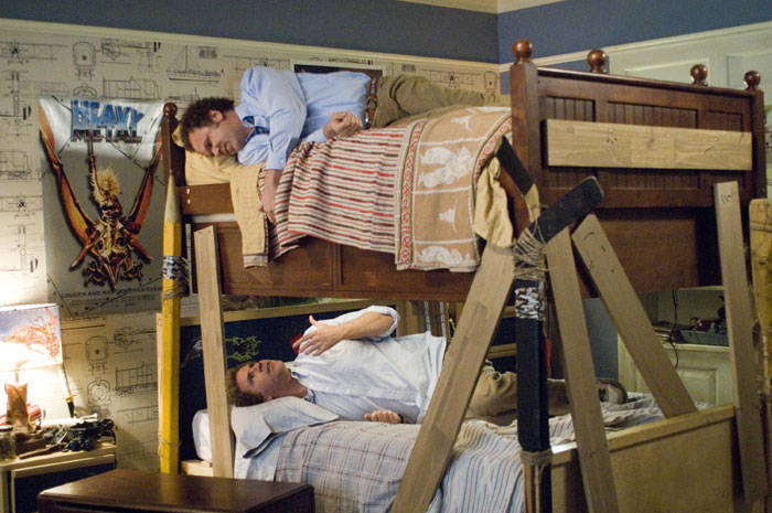 New trend: Grownups with bunk bed roommates