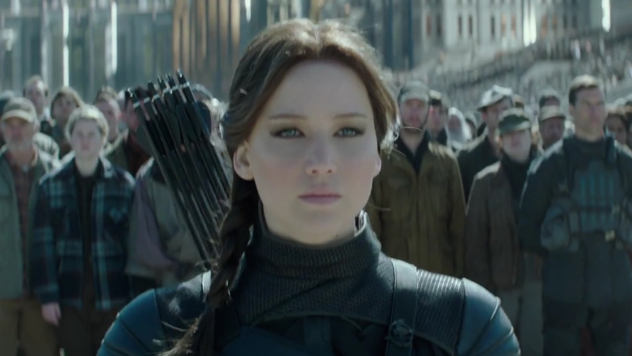 The latest 'Mockingjay 2' trailer is really, really intense
