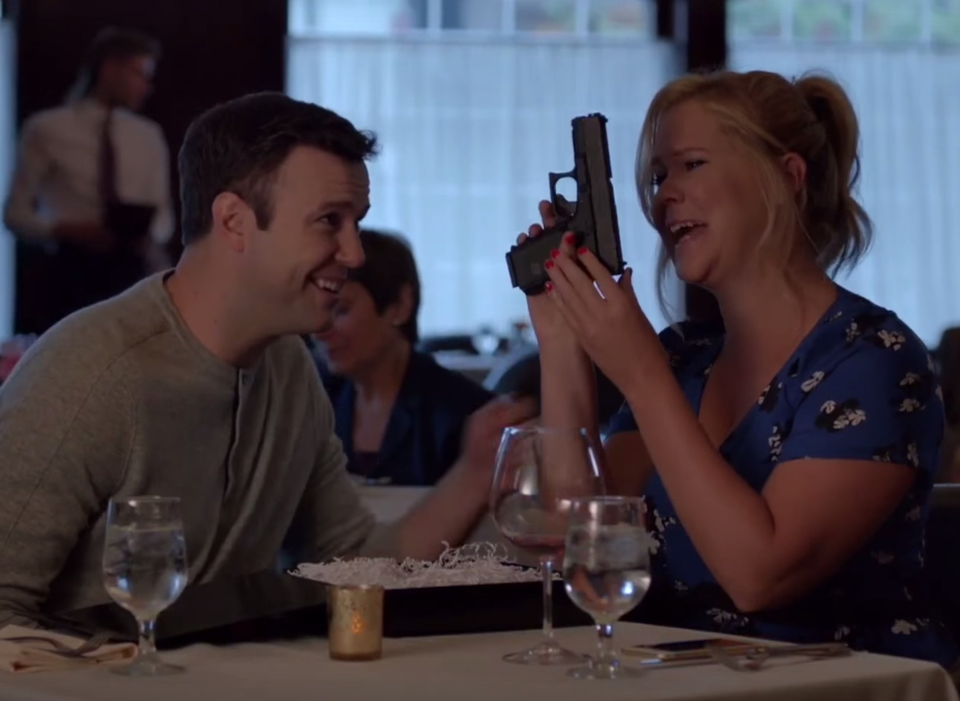 Amy Schumer takes a break from jokes to get serious about gun control on 'SNL'