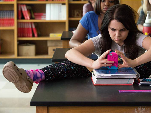 This study about adolescent romance reveals all kinds of teen texting secrets