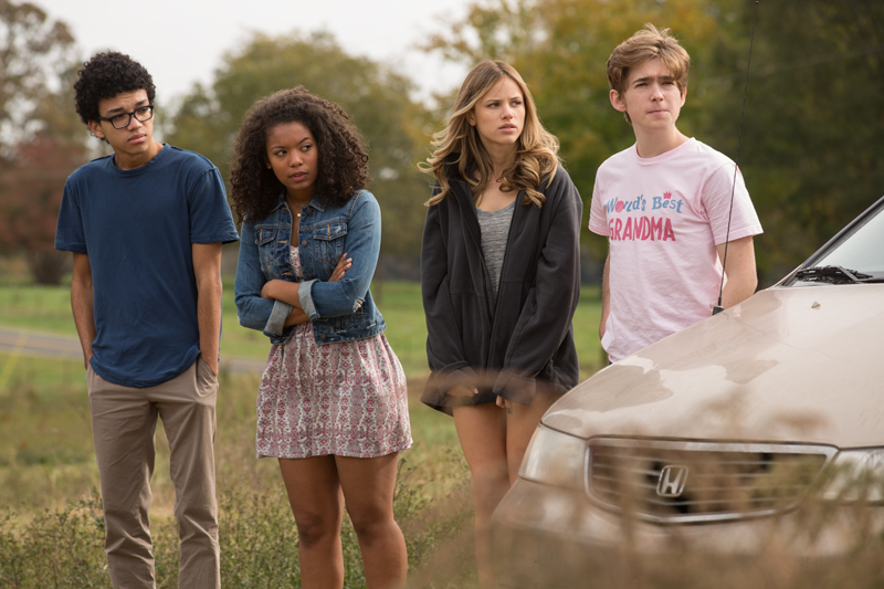Getting lost and found with Justice Smith and Jaz Sinclair of 'Paper Towns'