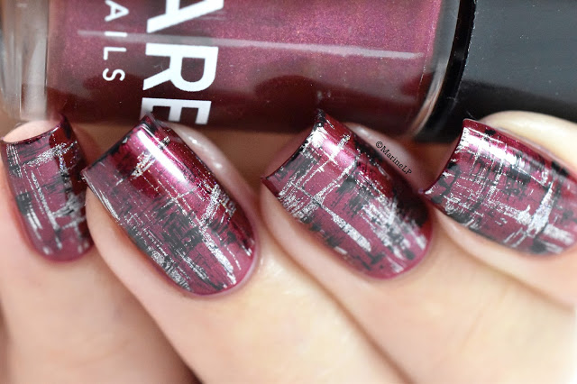 Nails of the Day: Easy tartan