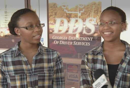 These identical twins were denied driver's licenses because the DMV computer thinks they're one person