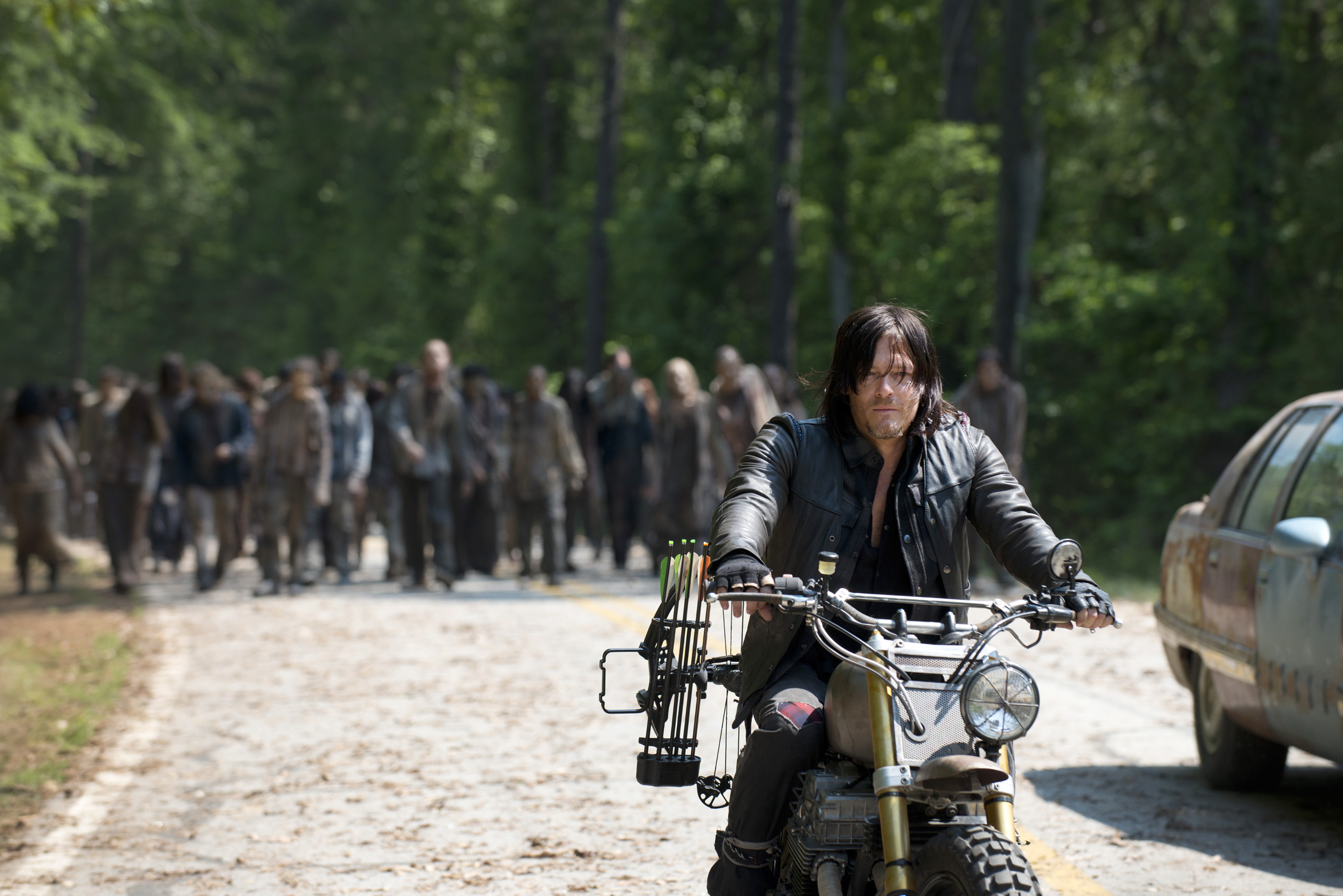 As a Halloween gift to everyone, 'The Walking Dead' just got renewed