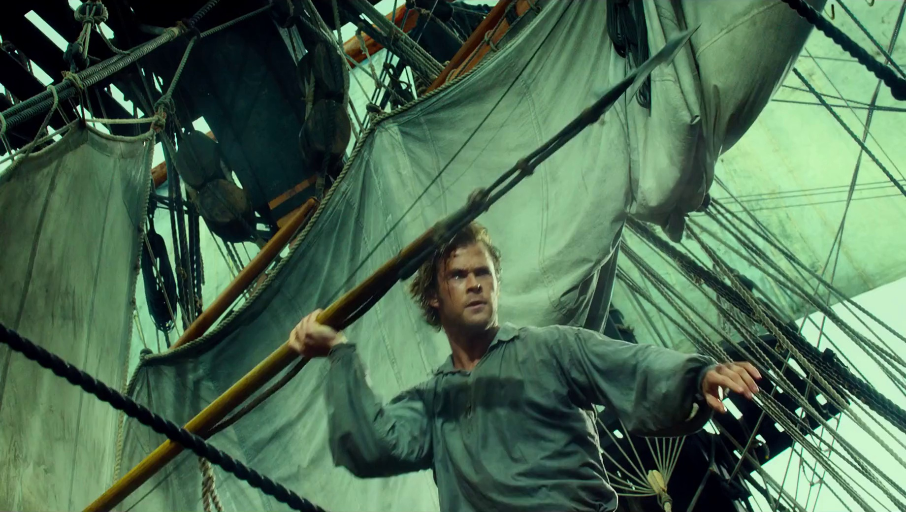 Chris Hemsworth's 'In The Heart of The Sea' has a final trailer, and it's intense