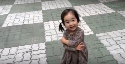 This little girl proves it's impossible to stay mad when you've got squeaky shoes