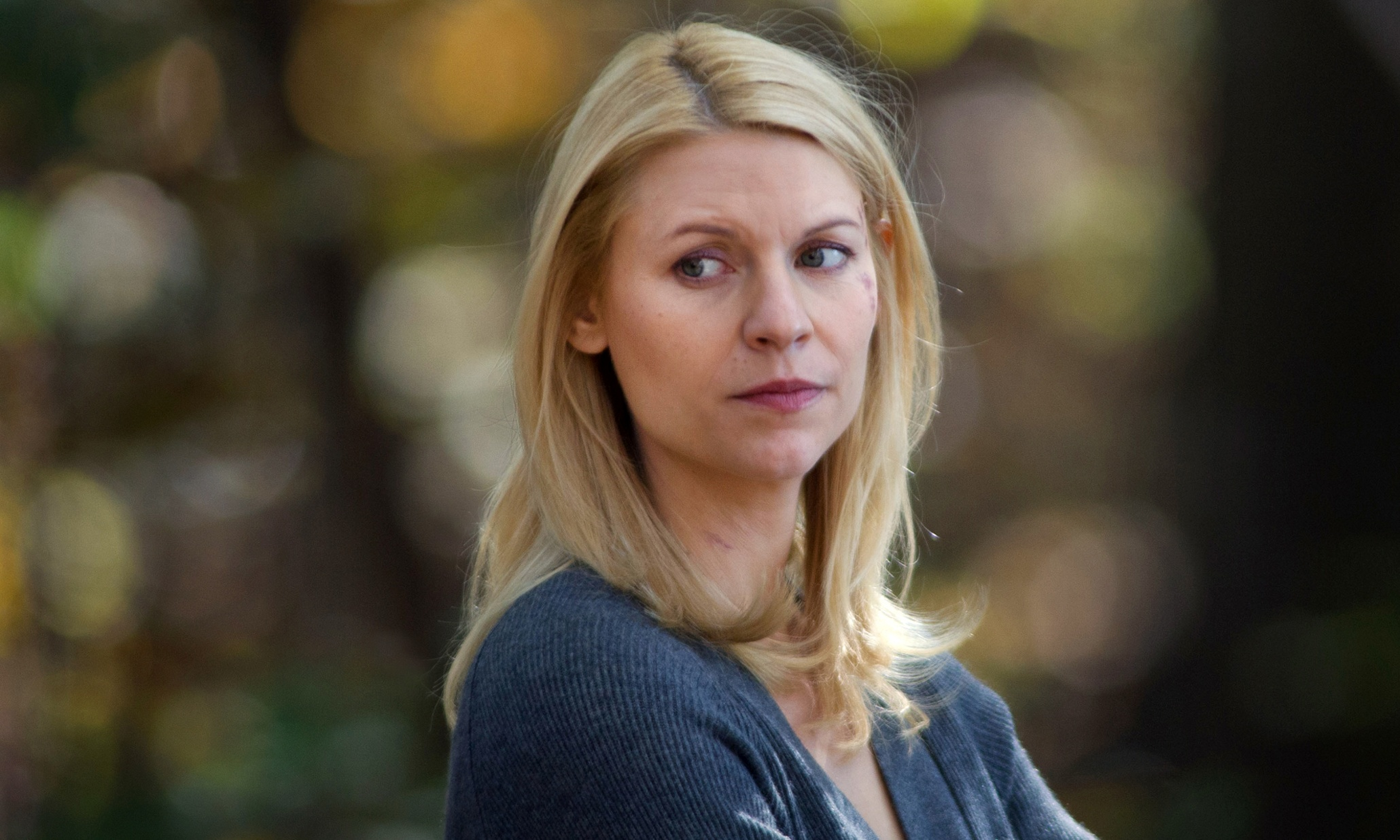 Claire Danes as Carrie Mathison in Homeland (Season 2, Episode 12). - Photo:  Kent Smith/SHOWTIME - Photo ID:  Homeland_212_0131