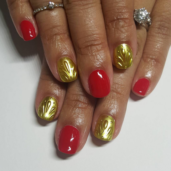 Nails of the Day: Holiday opulence