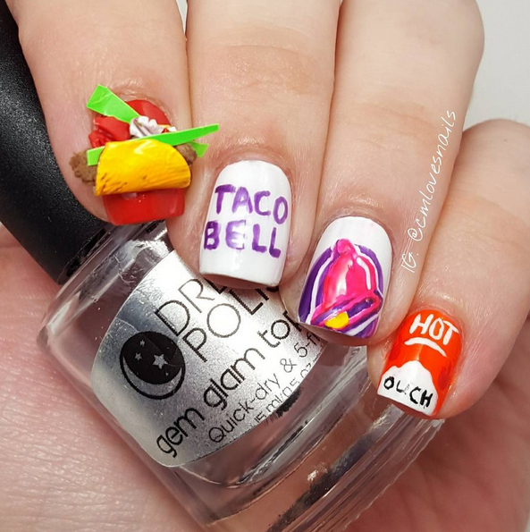 Nails of the Day: Yo quiero Taco Bell!
