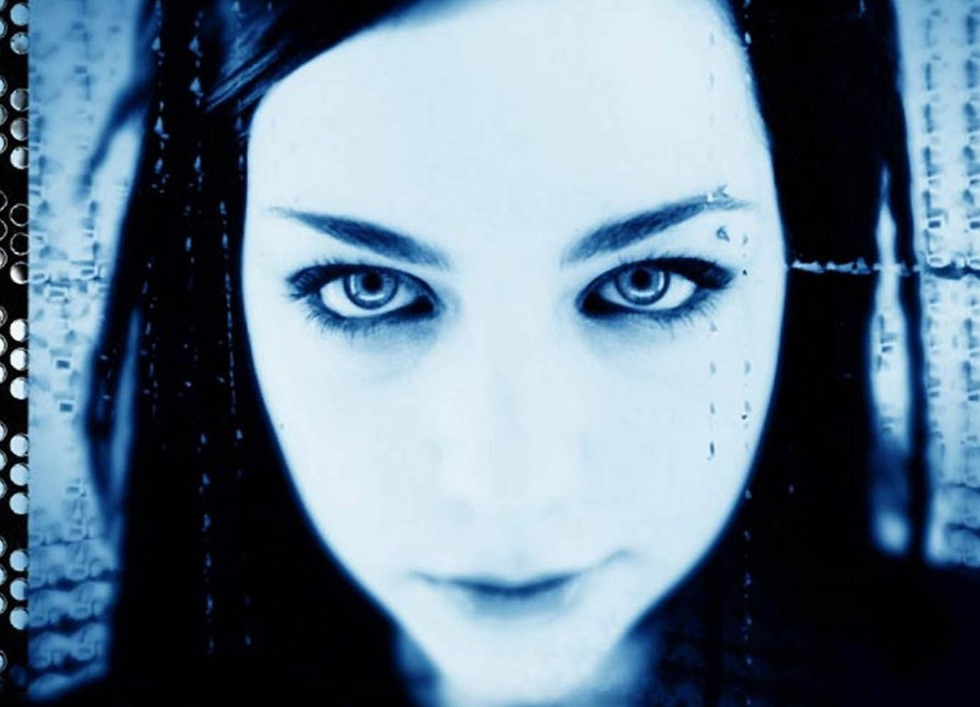 What I learned from going to an Evanescence show in 2015
