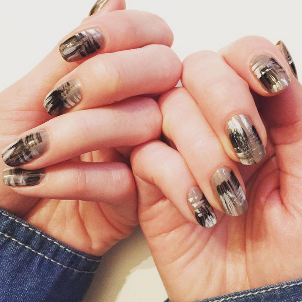 Nails of the Day: Brushstrokes