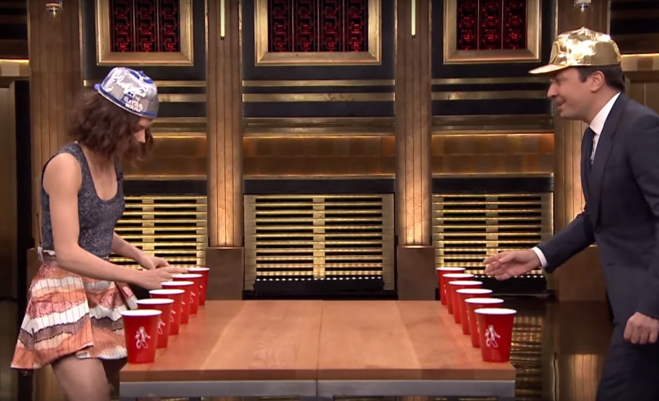 Jimmy Fallon and Daisy Ridley played a hilarious game of 'Star Wars' flip cup