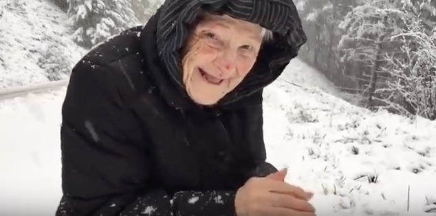 This 101-year-old woman playing in snow is making our Friday