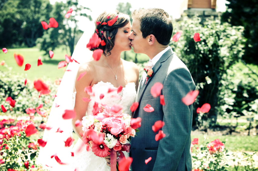 Science reveals if getting married makes us happier