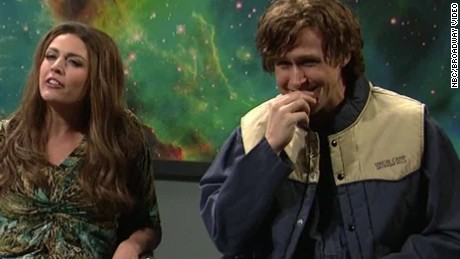 Ryan Gosling couldn't keep a straight face during SNL, only made us love him more