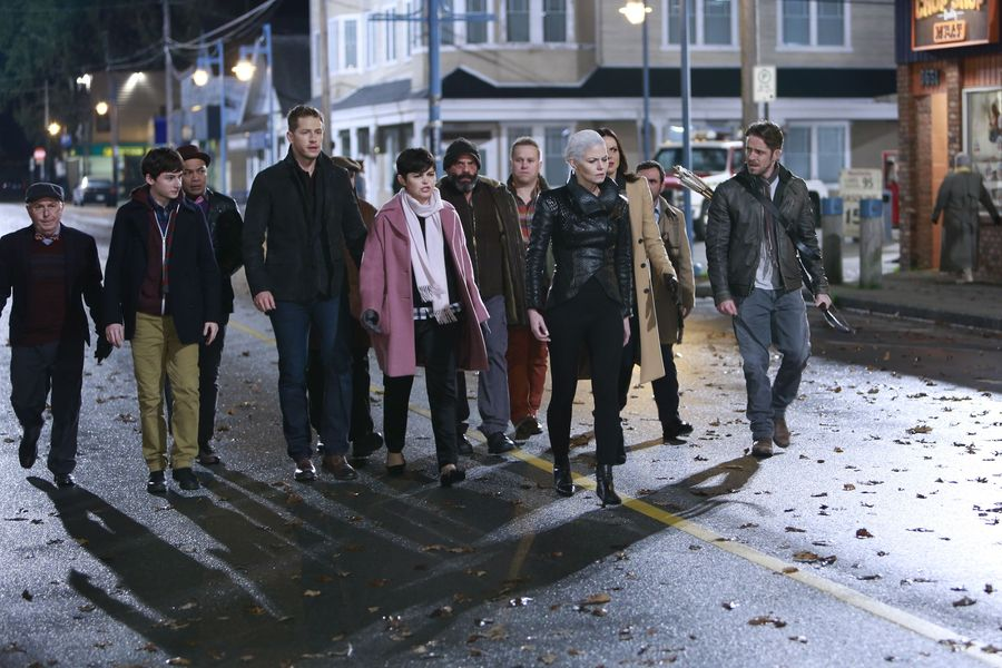 We have some 'Once Upon a Time' spoilers (aka a sneak peek of the Underworld)