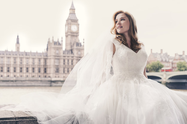 David's Bridal's newest ad features plus-size women, and it's gorgeous