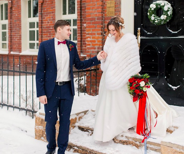 Definitive proof that winter weddings are the best