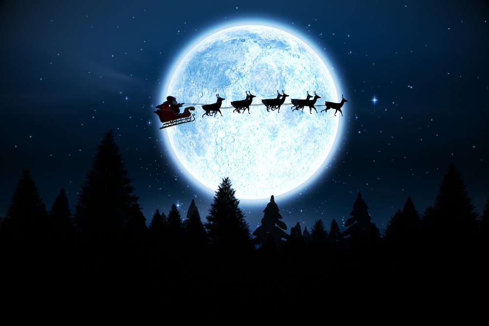 Why you should really pay attention to the moon on Christmas Eve