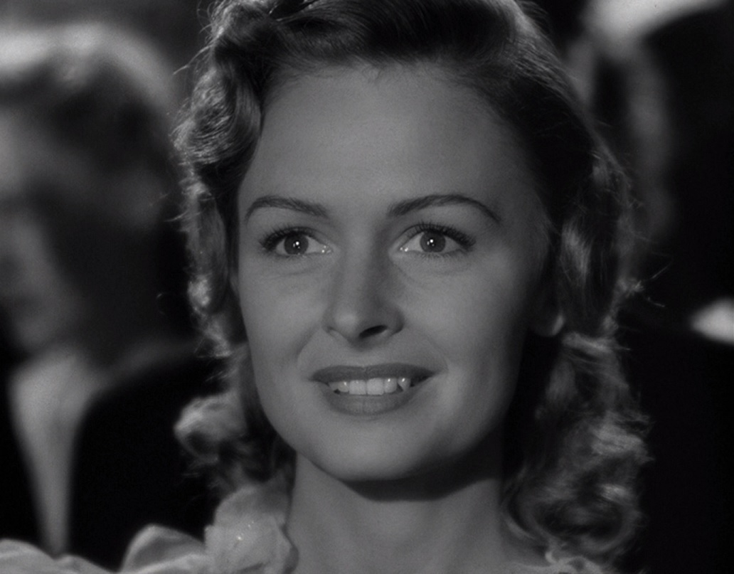 Why We Re Still Crushing Hard On Mary Hatch Bailey From It S A Wonderful Life
