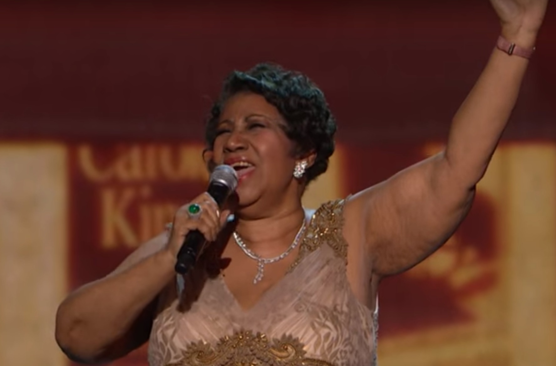 We can't get enough of Aretha Franklin's brilliant performance of 'Natural Woman'