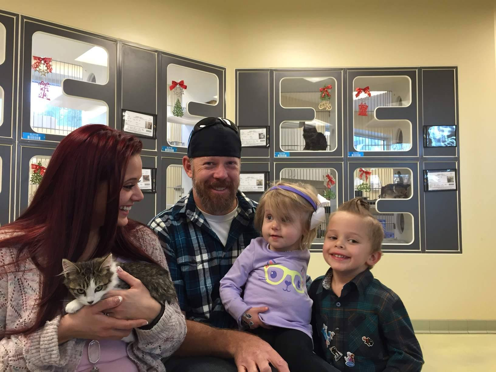 This family adopted a kitten with a missing leg for their amputee daughter