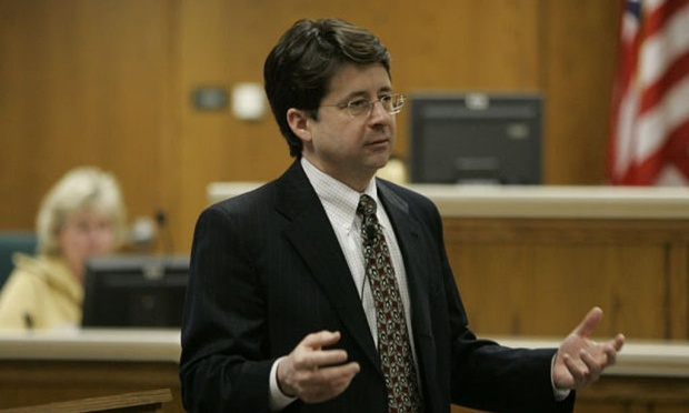 Steven Avery's former attorney finally responds to the evidence allegations