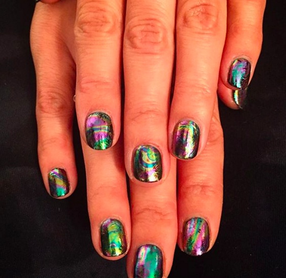 Let's obsess over oil spill nails for a sec