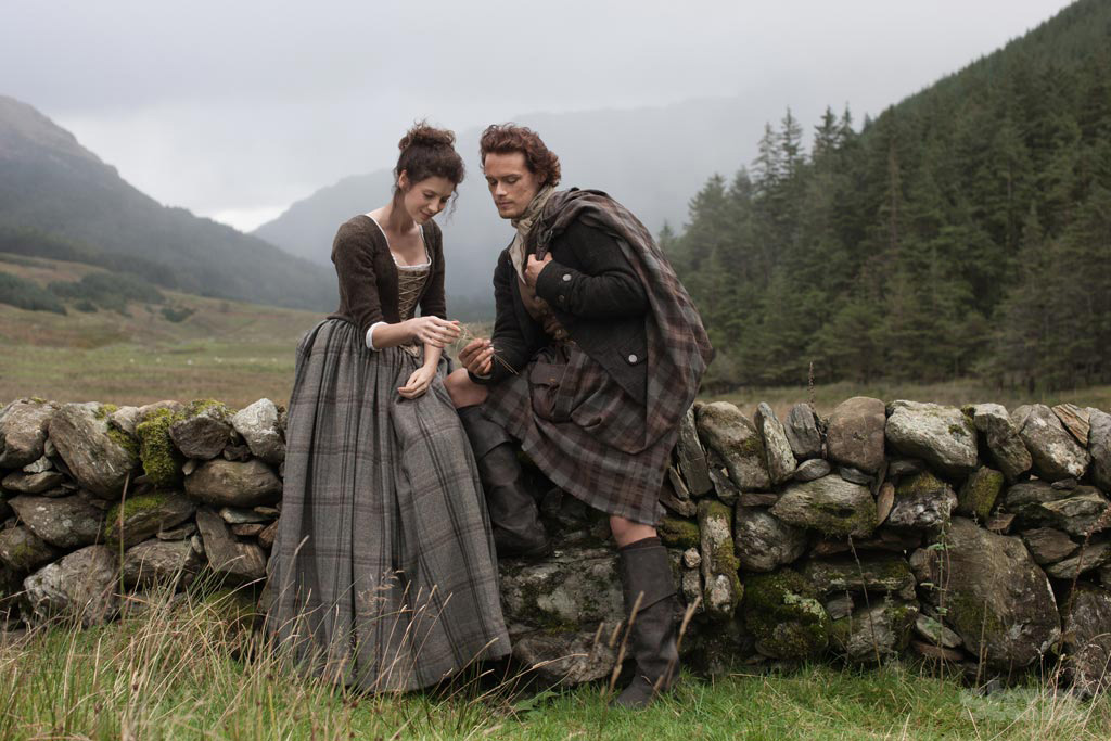 Why the stars of 'Outlander' aren't dating
