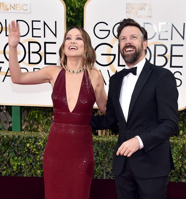 BEVERLY HILLS, CA - JANUARY 10:  Actors Olivia Wilde (L) and Jason Sudeikis attend the 73rd Annual Golden Globe Awards held at the Beverly Hilton Hotel on January 10, 2016 in Beverly Hills, California.  (Photo by John Shearer/Getty Images)