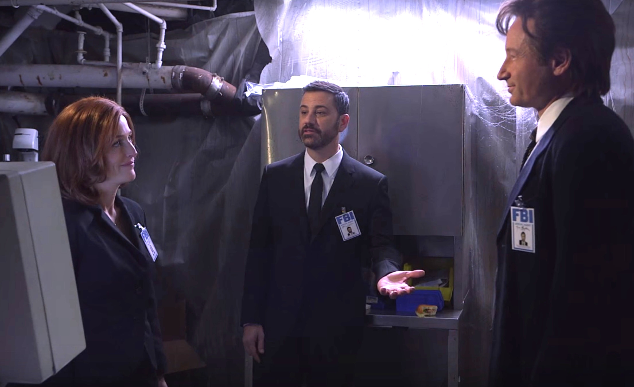 Jimmy Kimmel helps 'The X-Files' adjust to the 21st century