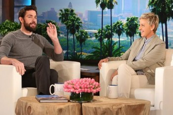 John Krasinski sits at same table as Leonardo DiCaprio, was too scared to say hi, is all of us
