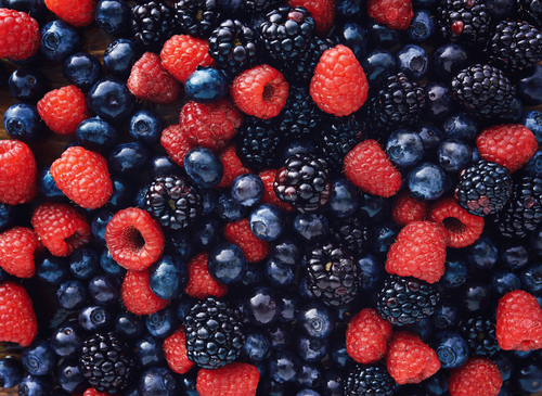 Why dudes might want to start eating more berries