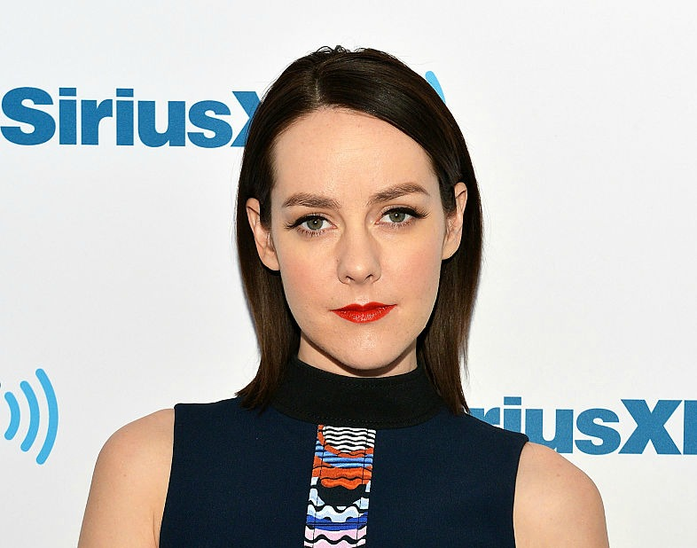 Jena Malone announced her pregnancy in the most poetic way