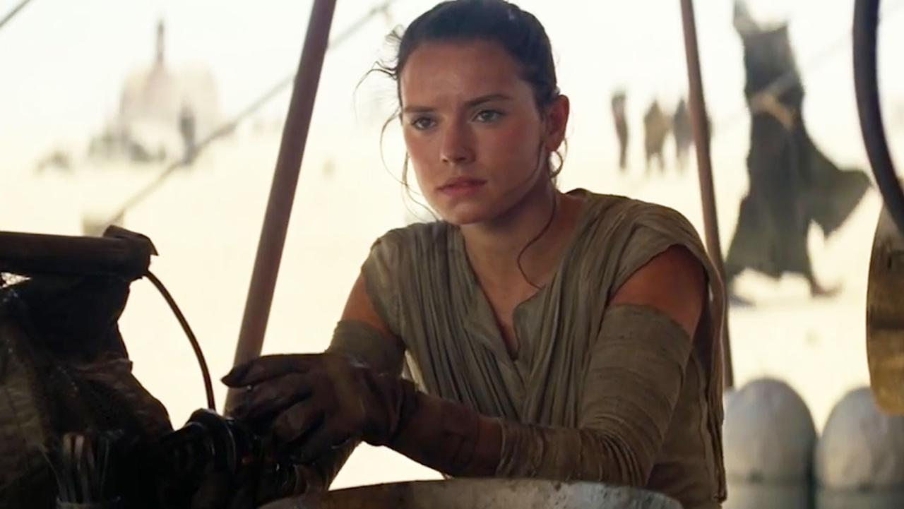 "Say whaaaaat: there's a ""Star Wars"" fan theory that suggests Rey is Anakin Skywalker"