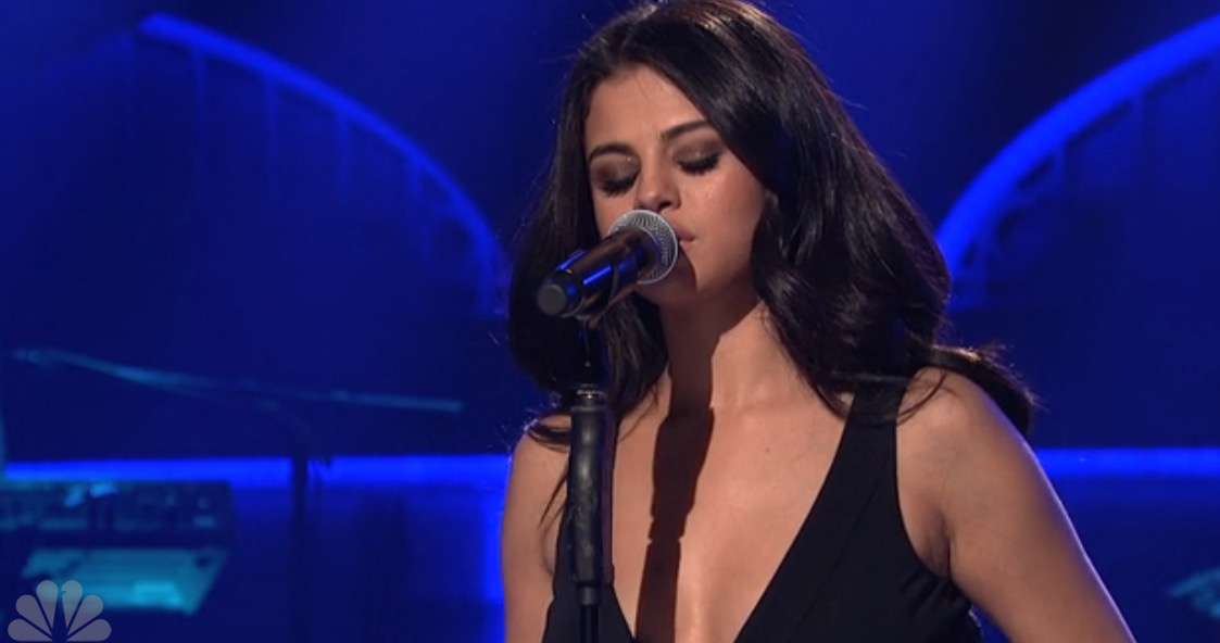 "Selena Gomez slayed on ""SNL"" last night"