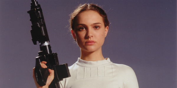 "Natalie Portman might be the last human on earth who hasn't seen ""Star Wars: The Force Awakens"" yet"